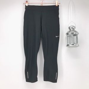 Nike Cropped Leggings with Foldable Waistband